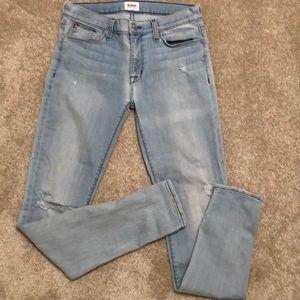 • Hudson Nico Super Skinny Jeans •